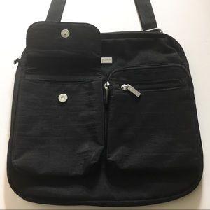 BAGGALLINI | Black Crossbody Bag
